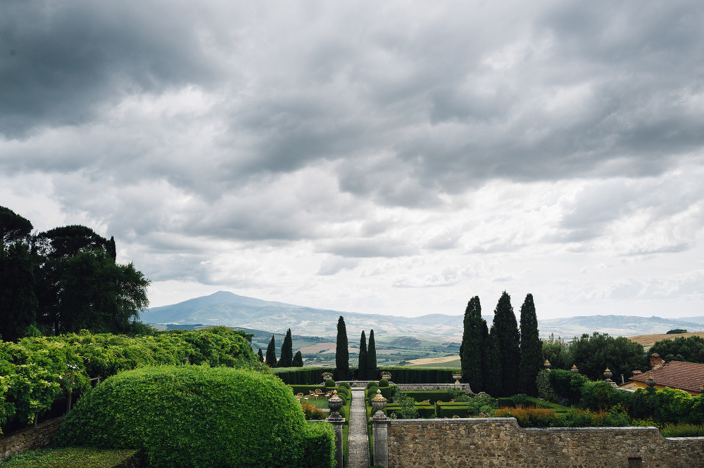 wedding photographer destination tuscany italy villa photo villa